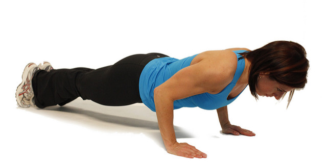 Soccer Workout Challenge: Push-Ups, Abs and Bodyweight